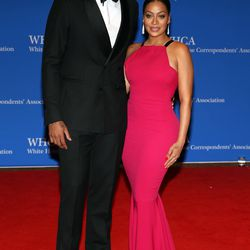 Carmelo Anthony and La La Anthony, who is wearing a Roland Mouret gown.