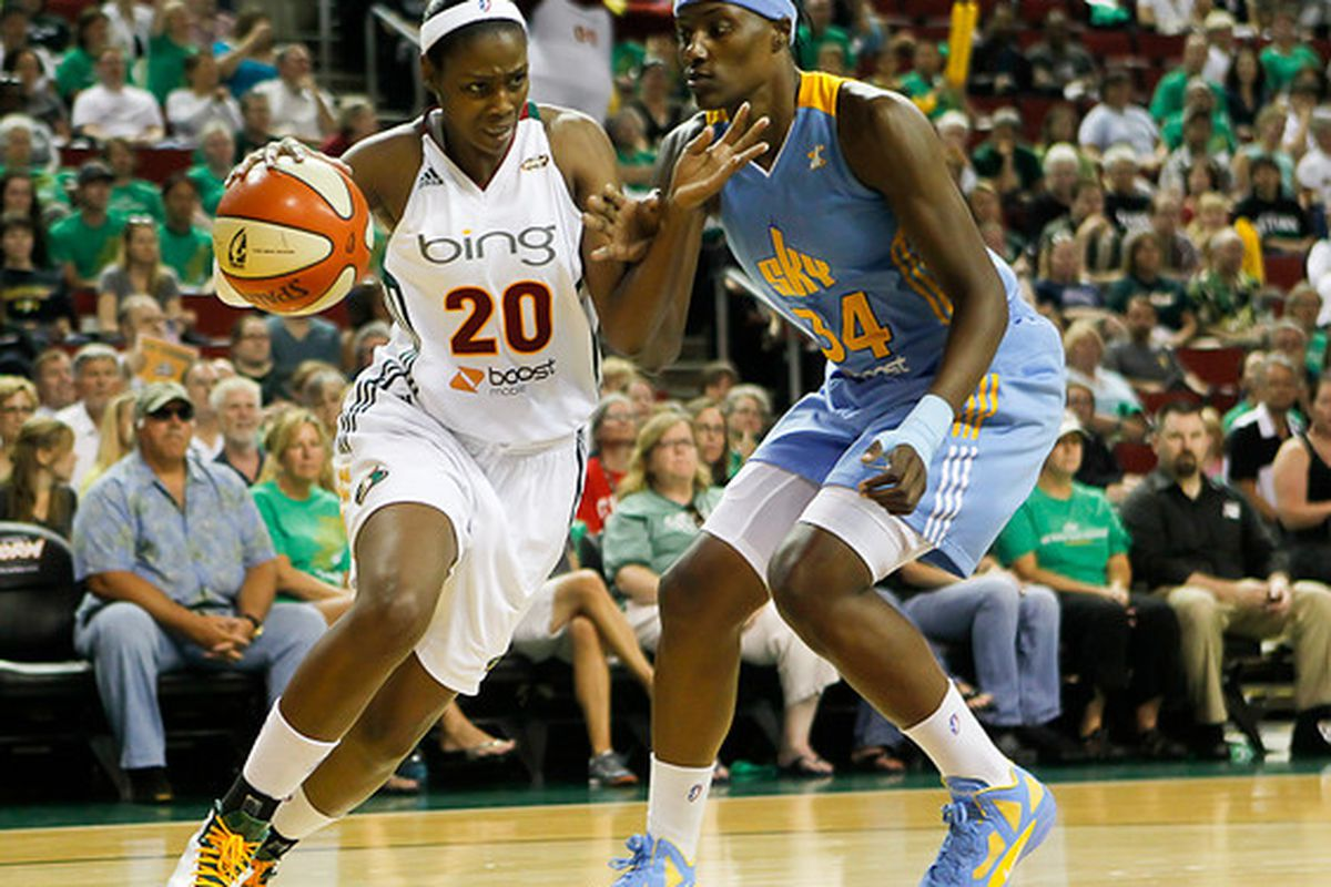 """Pesky defender Sylvia Fowles re-signed with the Sky on Monday. (photo courtesy <a href=""""http://www.kailasimages.com/"""">Kailas Images</a>)"""