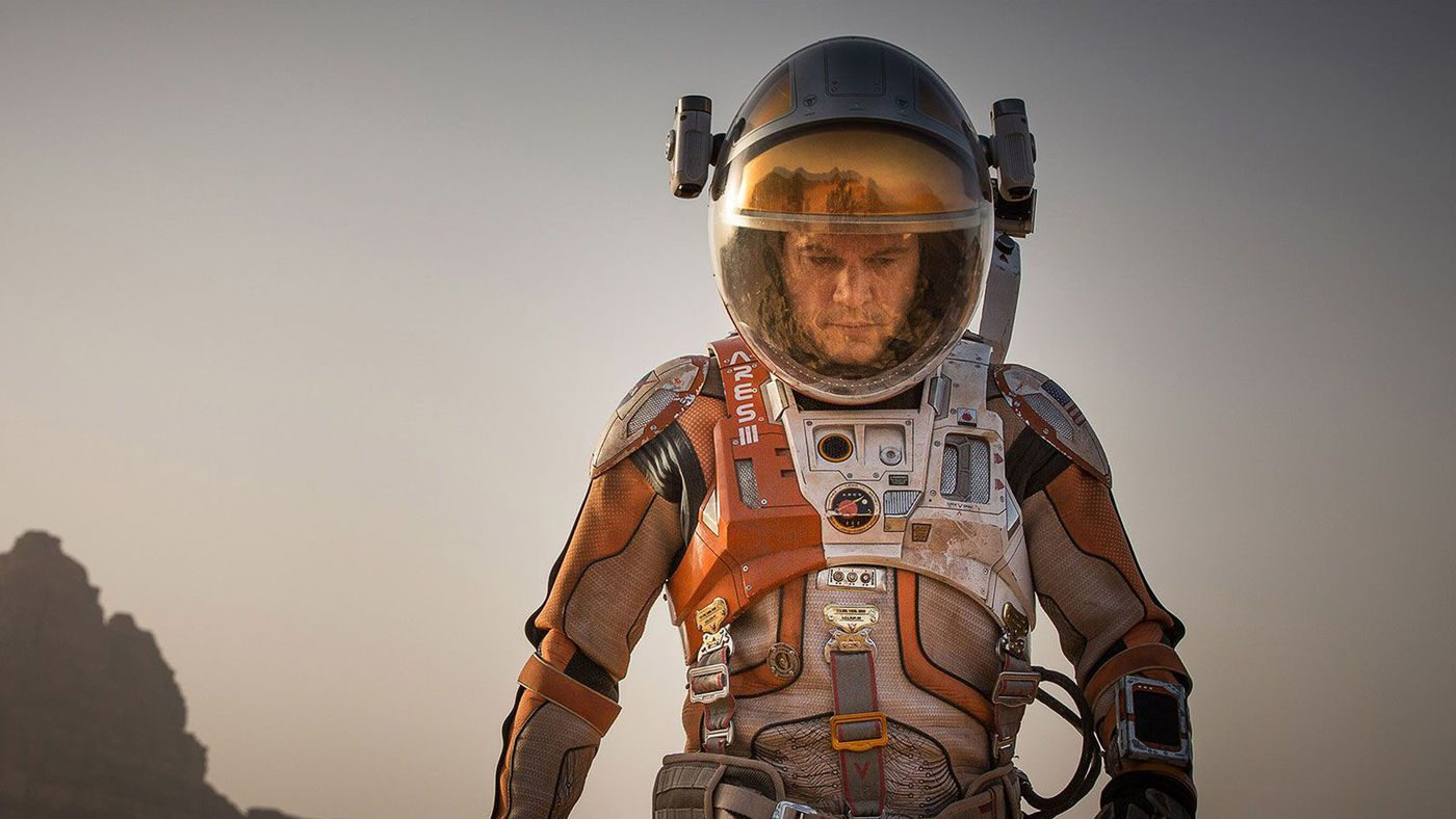 18 Space Suits From Science Fiction From Worst To Best The Verge