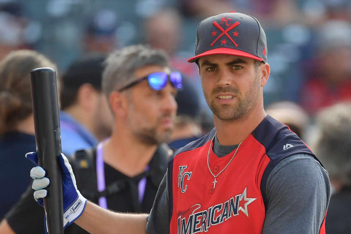 Whit Merrifield considers himself a 2018 All-Star due to Jose Altuve sign-stealing