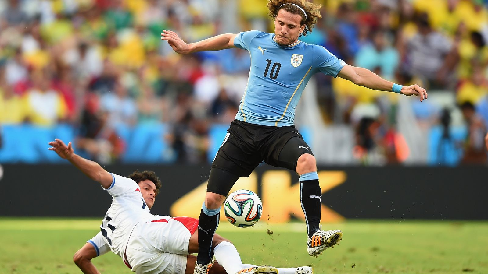 Report Diego Forlan has offer from US club ce A Metro