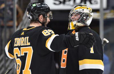 NHL: New York Islanders at Boston Bruins