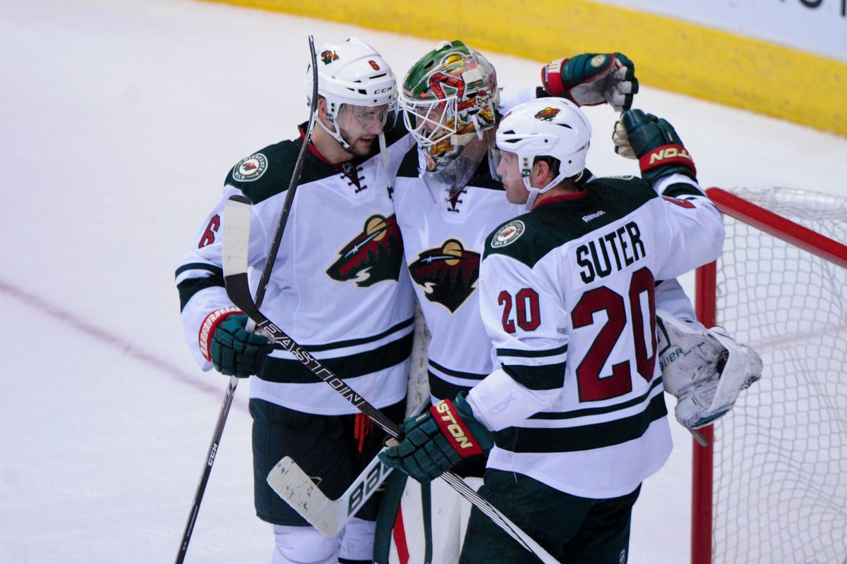 Devan Dubnyk celebrates a win in his first game back in Arizona.