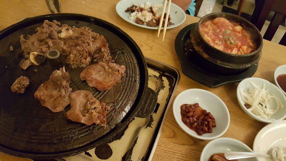 "Korea House's grill. [Photo: <a href=""https://www.yelp.com/biz_photos/korea-house-restaurant-and-sushi-bar-austin?select=LSb_JlkuOu_HLmUsozzWlQ"">Sunny S./Yelp</a>]"
