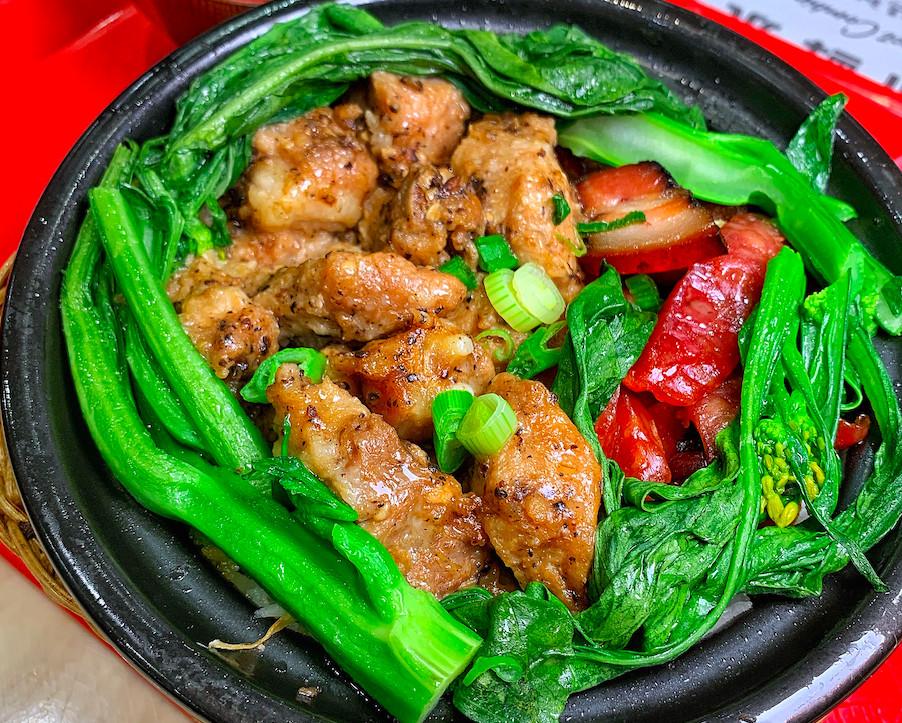 Clay pot rice bowl at Ding Ding Hot Pot Inc.