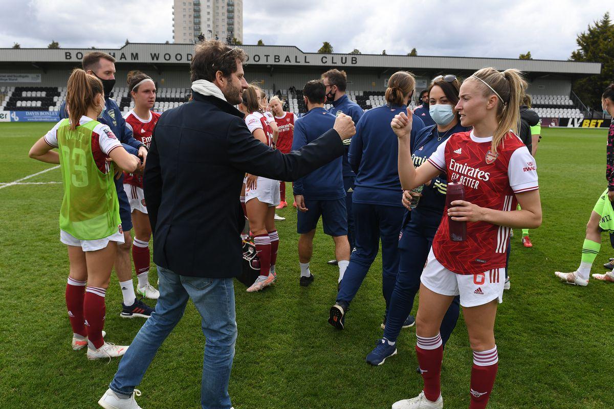 Arsenal Women v Aston Villa Women - Barclays FA Women's Super League