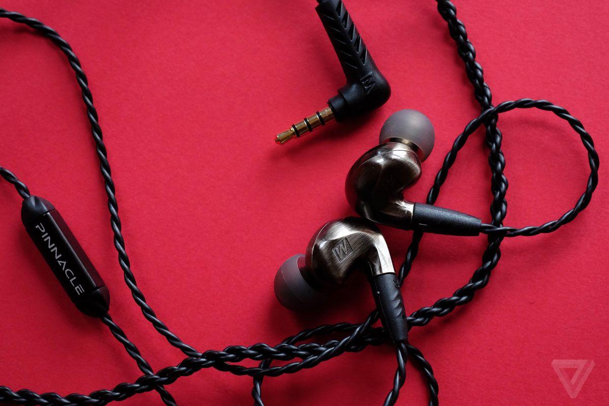 pinnacle p1 earphones