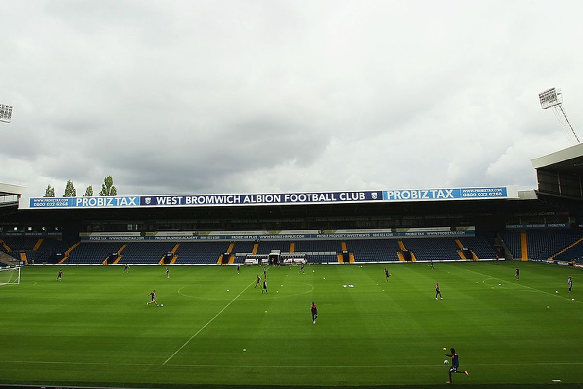 WEST BROMWICH, ENGLAND - AUGUST 12:  West Bromwich Albion train at the Hawthorns during a West Bromwich Albion Training session at the Hawthorns on August 12, 2011 in West Bromwich, England.  (Photo by Matthew Lewis/Getty Images)