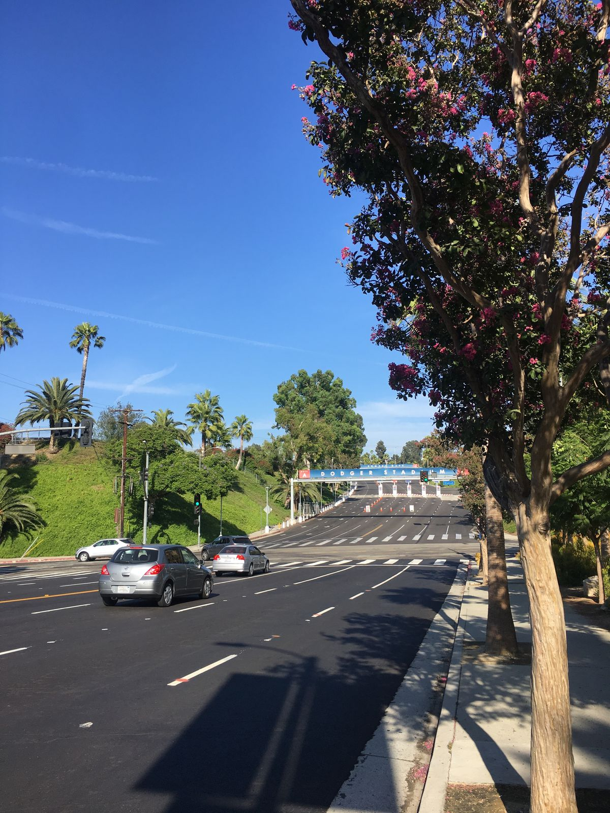 Dodger Stadium: Tips for seating, food, parking - Curbed LA