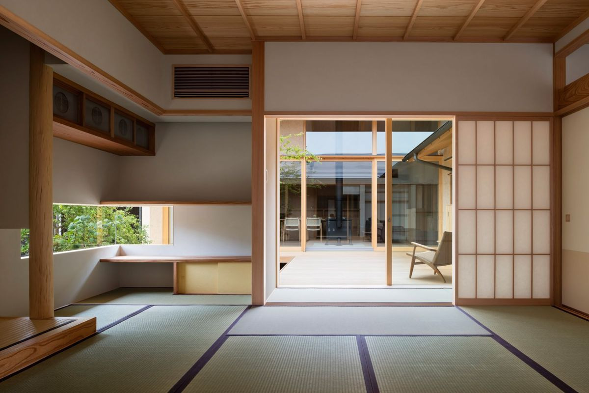 Japanese courtyard house makes the case for simplicity ...