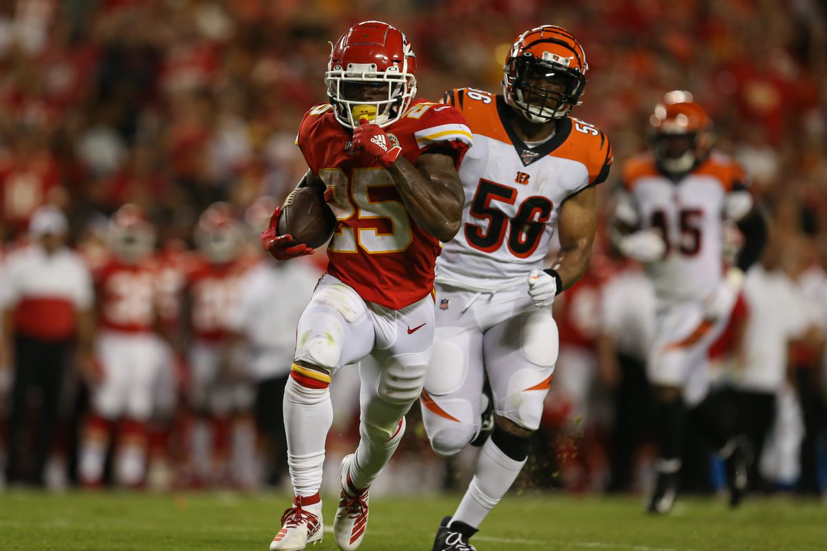 607e0233 Chiefs vs. Bengals: Mahomes shines as Chiefs beat Bengals, 38-17 ...