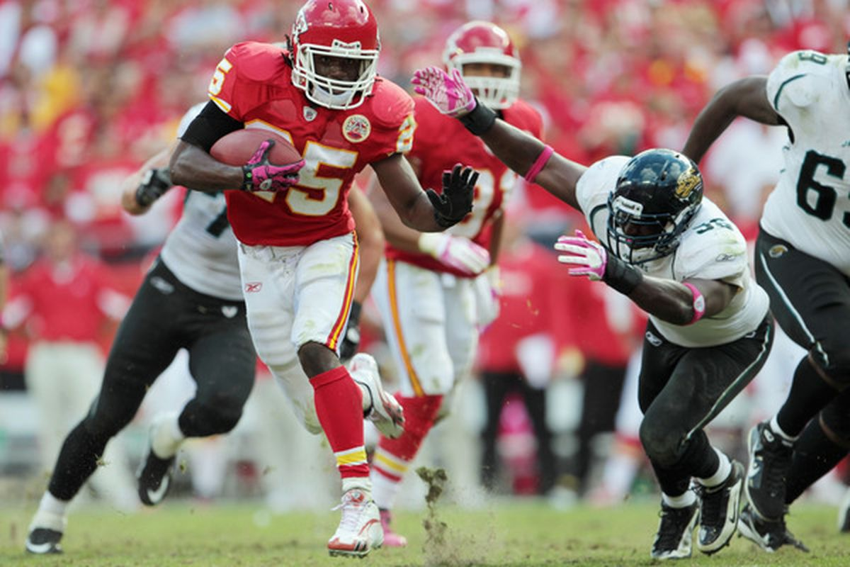 KANSAS CITY MO - OCTOBER 24:  Jamaal Charles #25 of the Kansas City Chiefs carries the ball during the game against the Jacksonville Jaguars on October 24 2010 at Arrowhead Stadium in Kansas City Missouri.  (Photo by Jamie Squire/Getty Images)