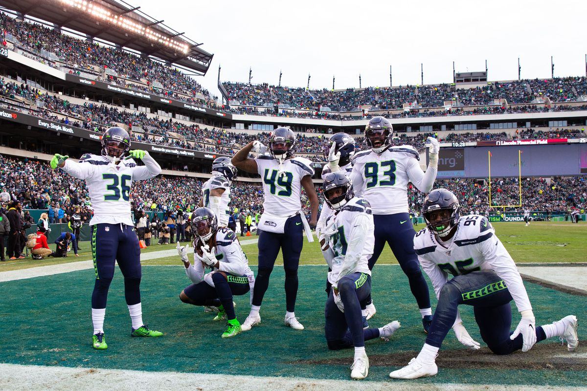 Seahawks defense has been inconsistent, but is quickly improving - Field  Gulls