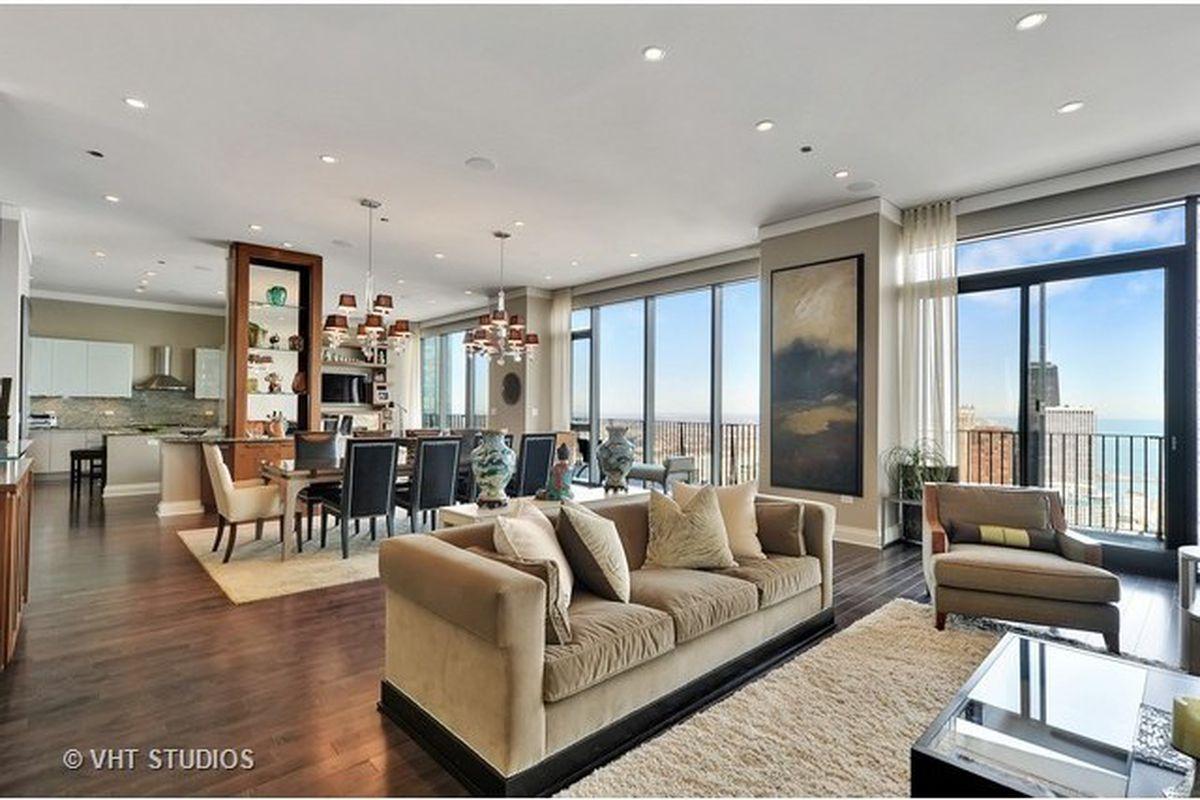 80th Floor Aqua Penthouse Shaves 1m Off Asking Price