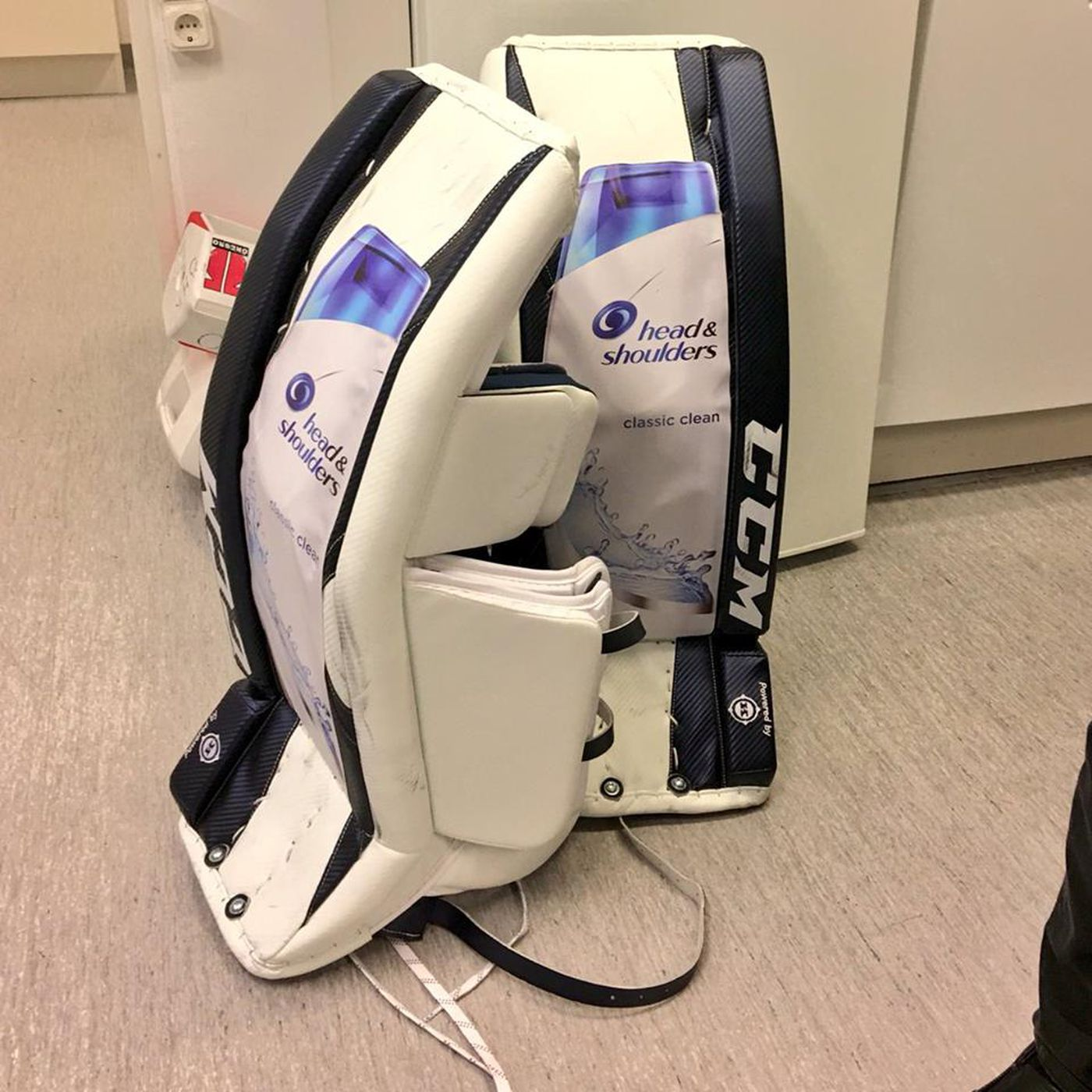 Jhonas Enroth S New Goalie Pads Are Head And Shoulders Above The