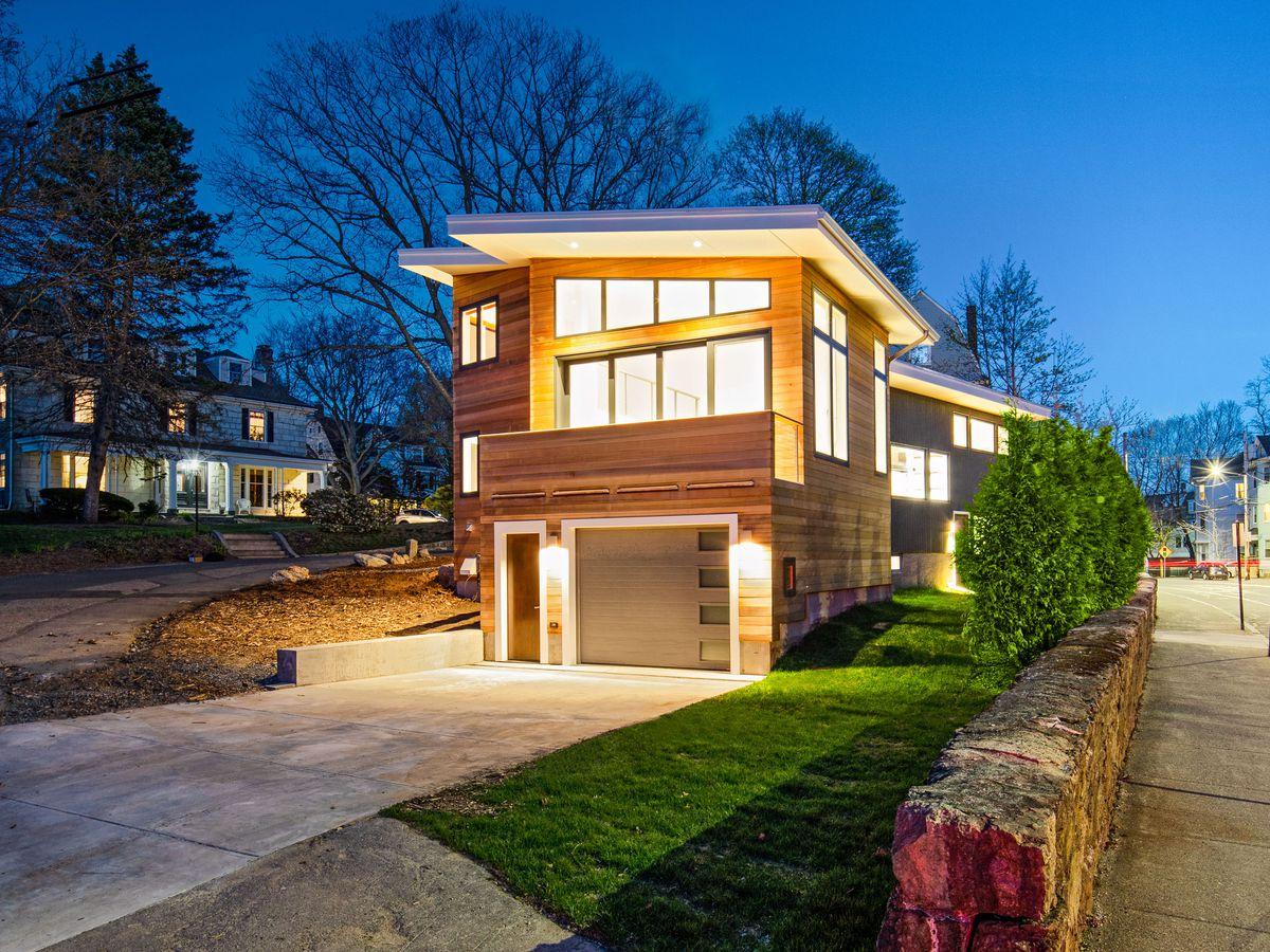 Brookline mid-century modern exterior house shot