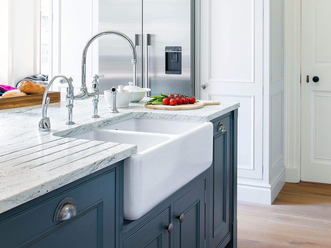 How To Paint Kitchen Cabinets In 9 Steps This Old House
