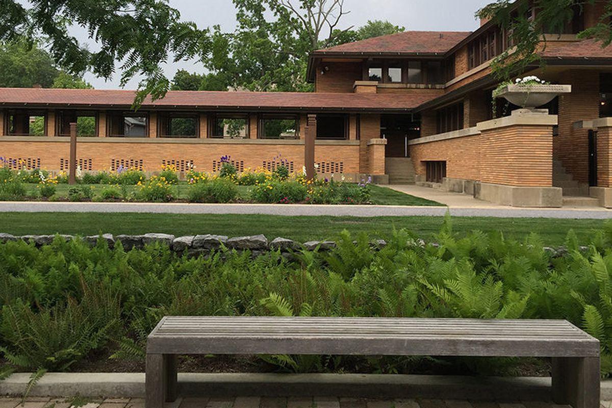 "The exterior of Frank Lloyd Wright's <a href=""http://www.darwinmartinhouse.org/"">Darwin D. Martin House</a> from 1905. All photos by <a href=""https://instagram.com/langealexandra/?hl=en"">Alexandra Lange</a>."