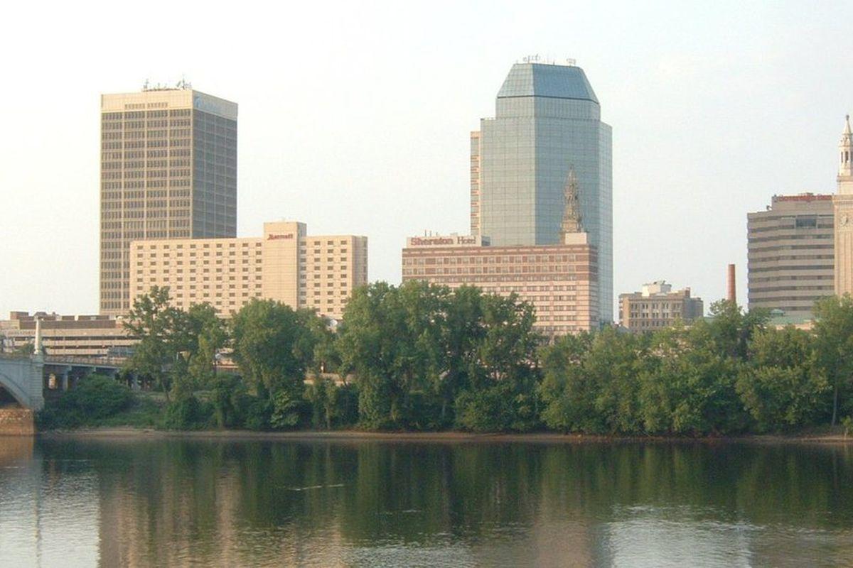"Springfield's cityscape, via <a href=""http://upload.wikimedia.org/wikipedia/commons/9/95/Springfield-MA.jpg"">upload.wikimedia.org</a>"