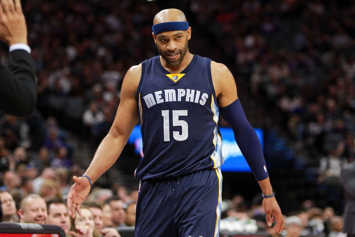 NBA Free Agency 2017 Kings sign Vince Carter to one year $8