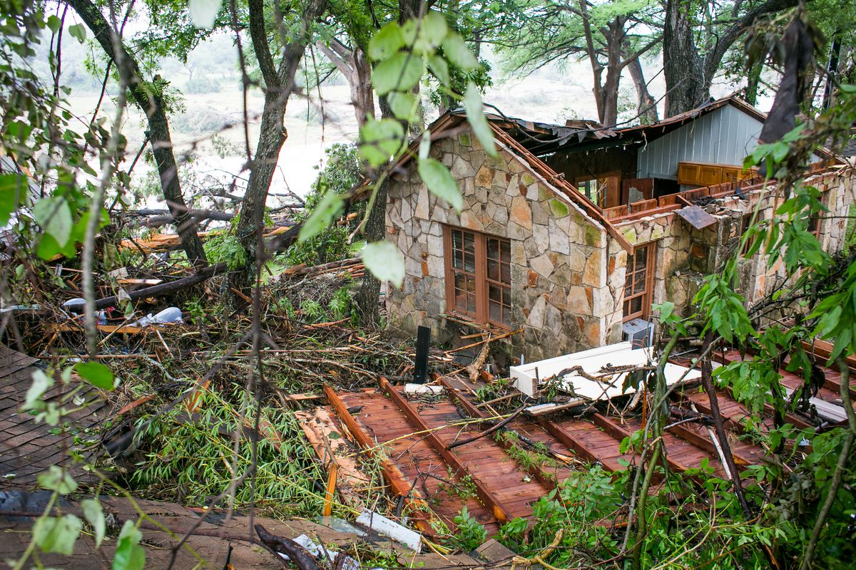A house near the Blanco River sustained heavy damage May 26, 2015 in Wimberley, Texas. (Drew Anthony Smith/Getty Images)