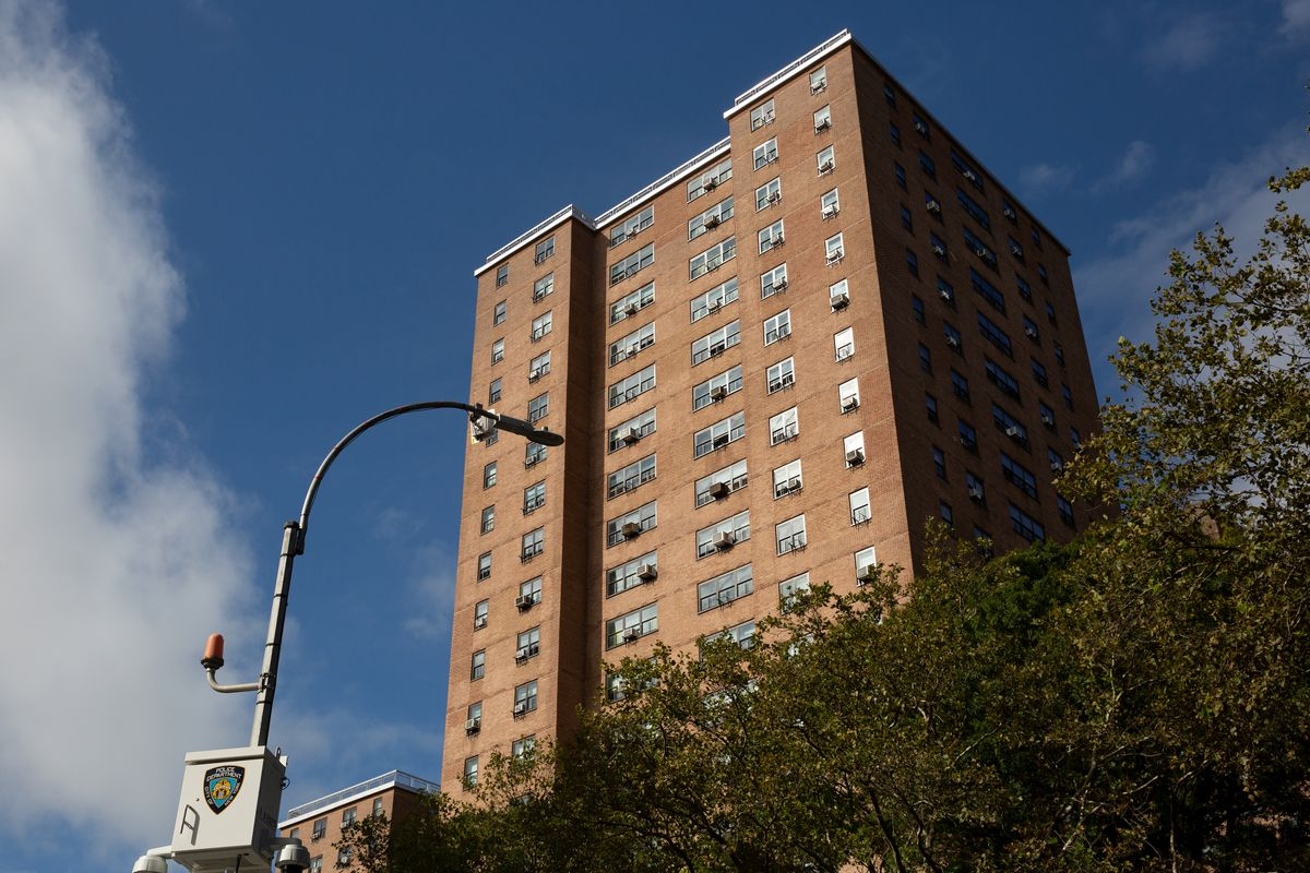 NYCHA handed over management of 190 Marcy Ave. in Brooklyn to private companies under its RAD program, Sept. 21, 2021.