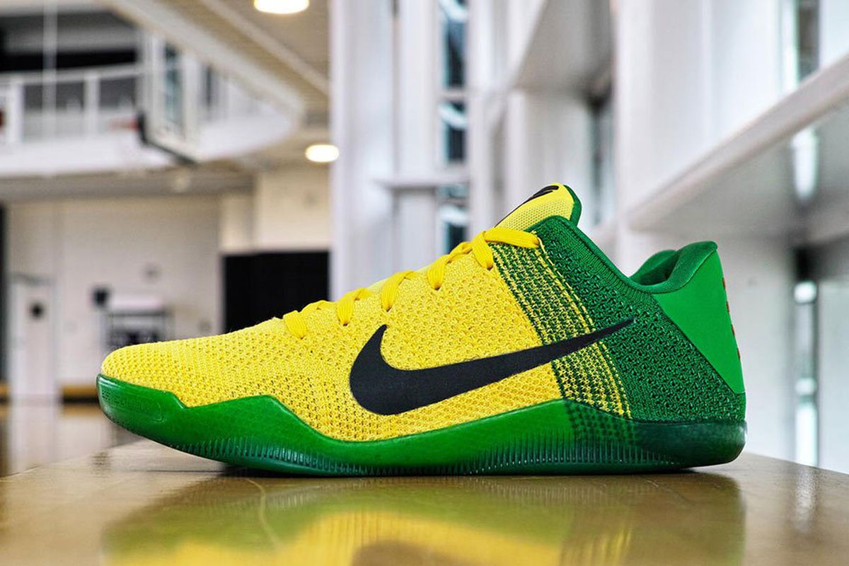 new concept b0724 eb9ad Check Out Nike s Custom Oregon Ducks Kobe 11 PEs