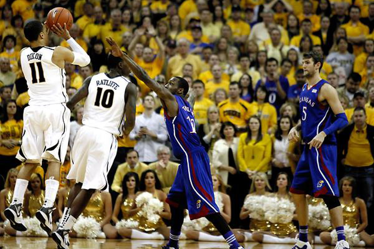 Missouri and Kansas battle in Game 1of the basketball Border Showdown at Missouri