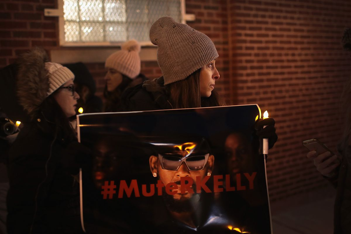 R  Kelly has been charged with 10 counts of aggravated