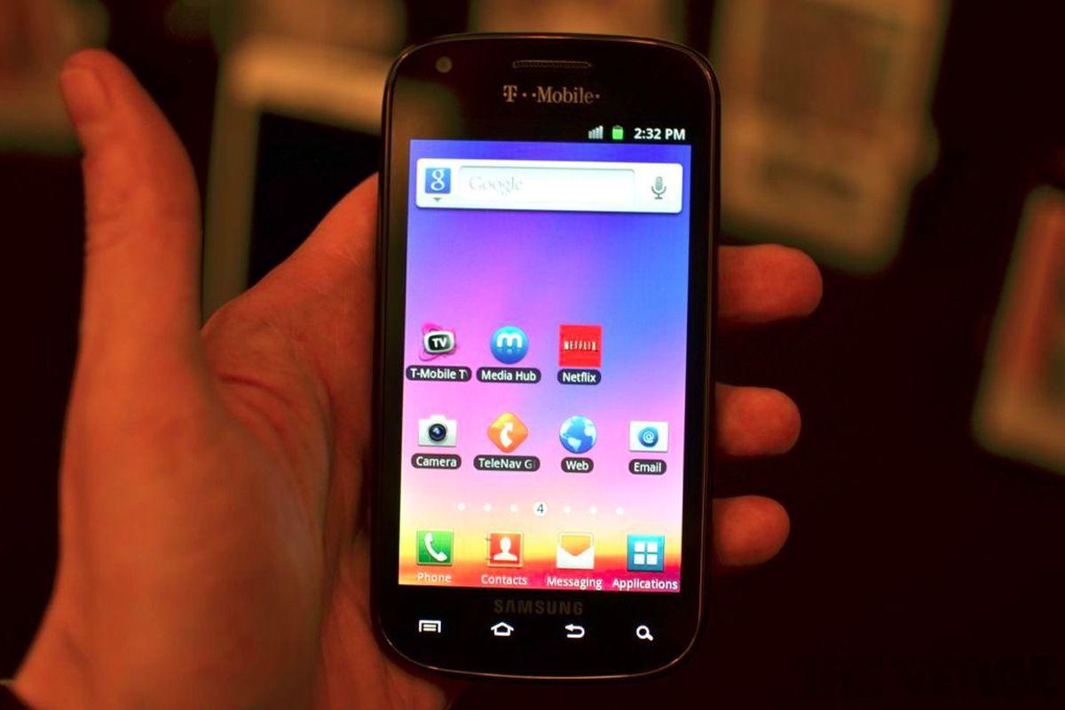 Gallery Photo: Galaxy S Blaze 4G hands-on photos
