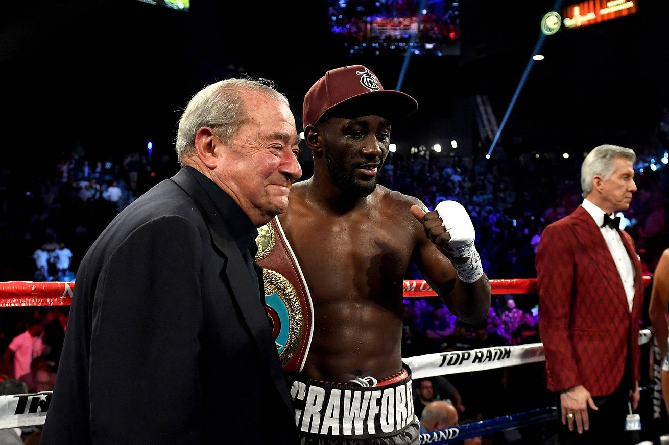 970690274.jpg.0 - Arum: Pacquiao has reached out for Crawford, admits big fights won't happen without fans