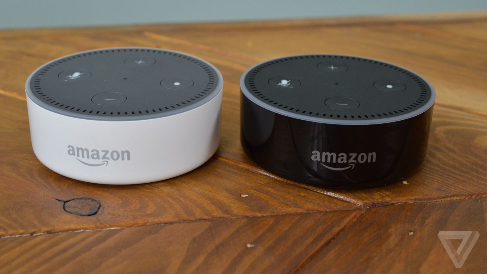 amazon 39 s cheaper echo dot improves voice recognition. Black Bedroom Furniture Sets. Home Design Ideas