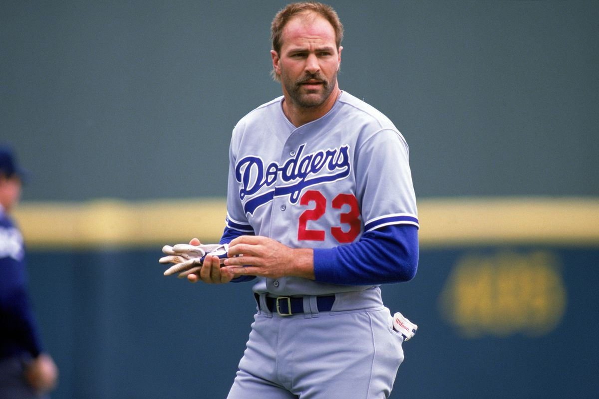 Kirk Gibson made opposing pitchers hurt this week, as did several other Dodgers