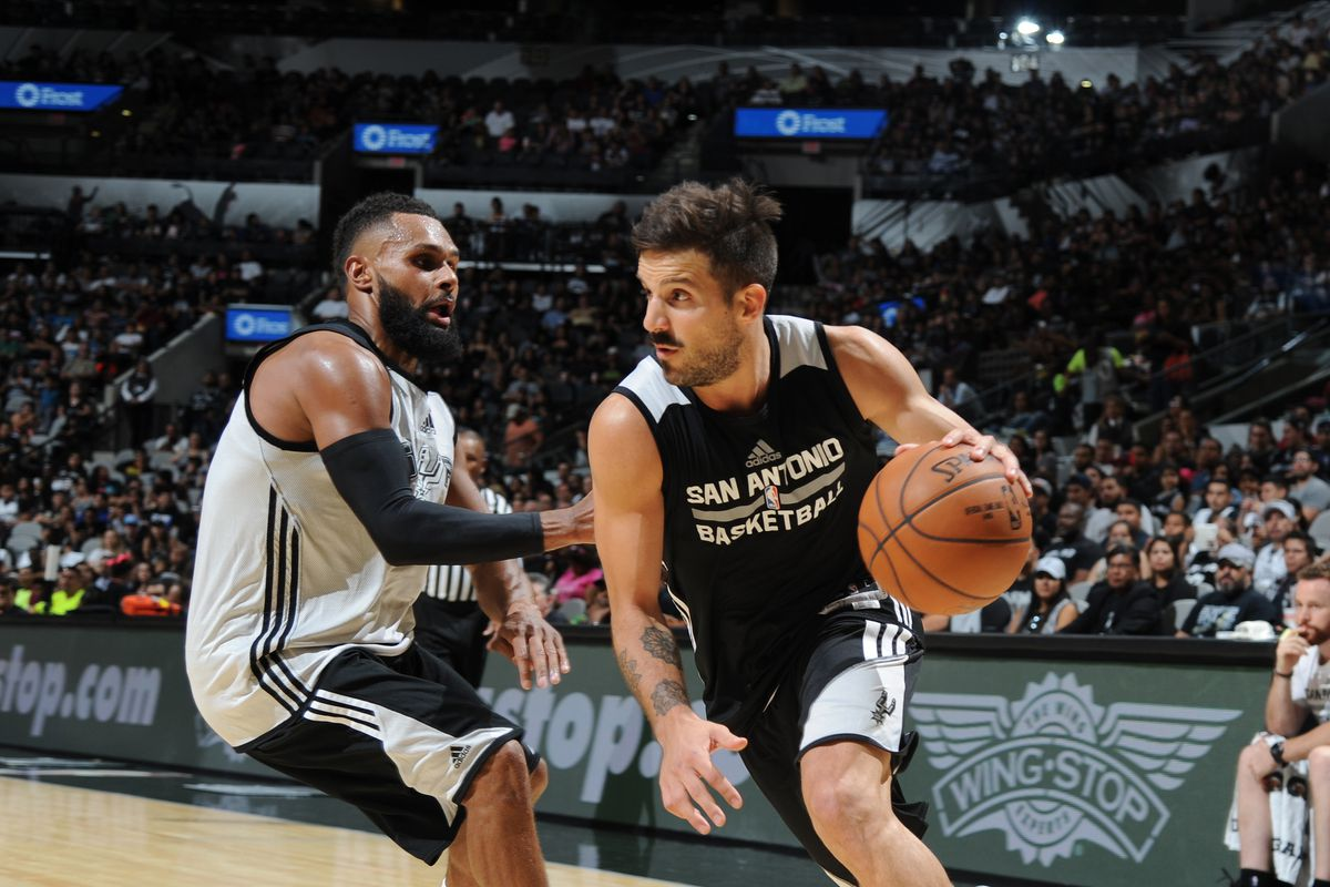 San Antonio Spurs Open Scrimmage
