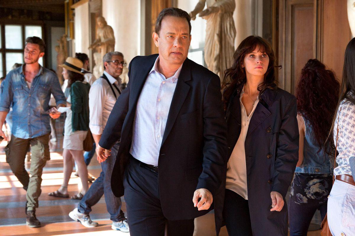 Tom Hanks and Felicity Jones in Inferno