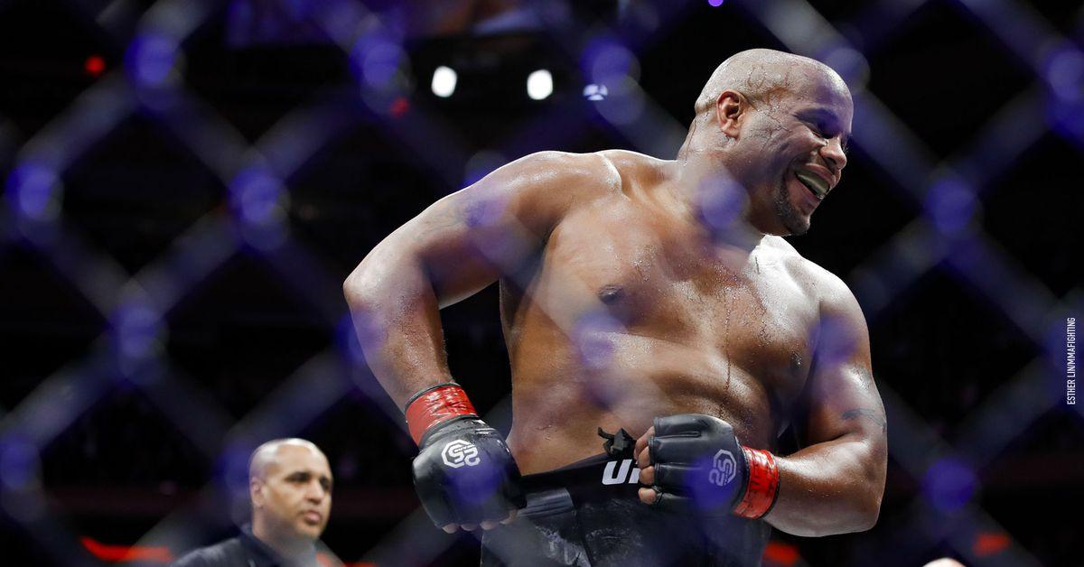 Report: Nick Diaz vs Robbie Lawler 2 for UFC 266 co-main event - MMAmania.com