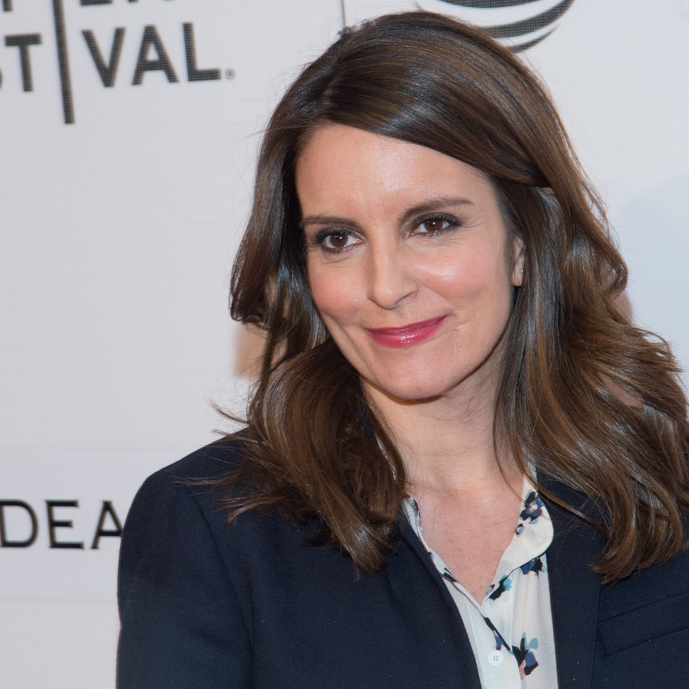 Tina Fey Explained How Her Terrible Snl Hair Came To Be Racked