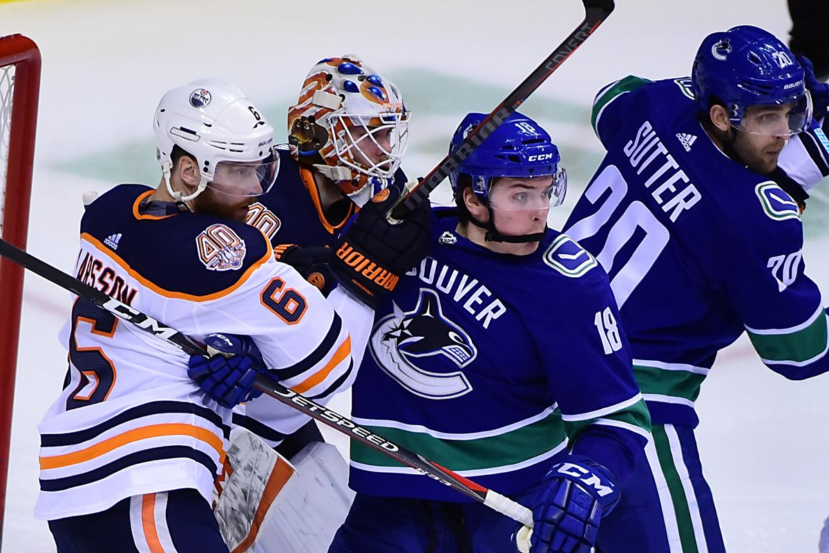 NHL: Edmonton Oilers at Vancouver Canucks