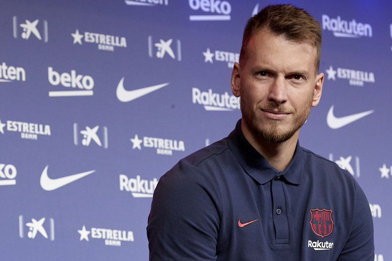 Neto wants to win Champions League at Barcelona