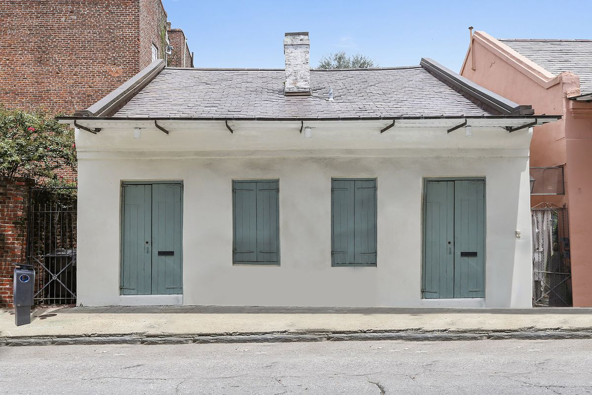 Groovy This French Quarter Creole Cottage Hits Market At 2 82M Download Free Architecture Designs Embacsunscenecom