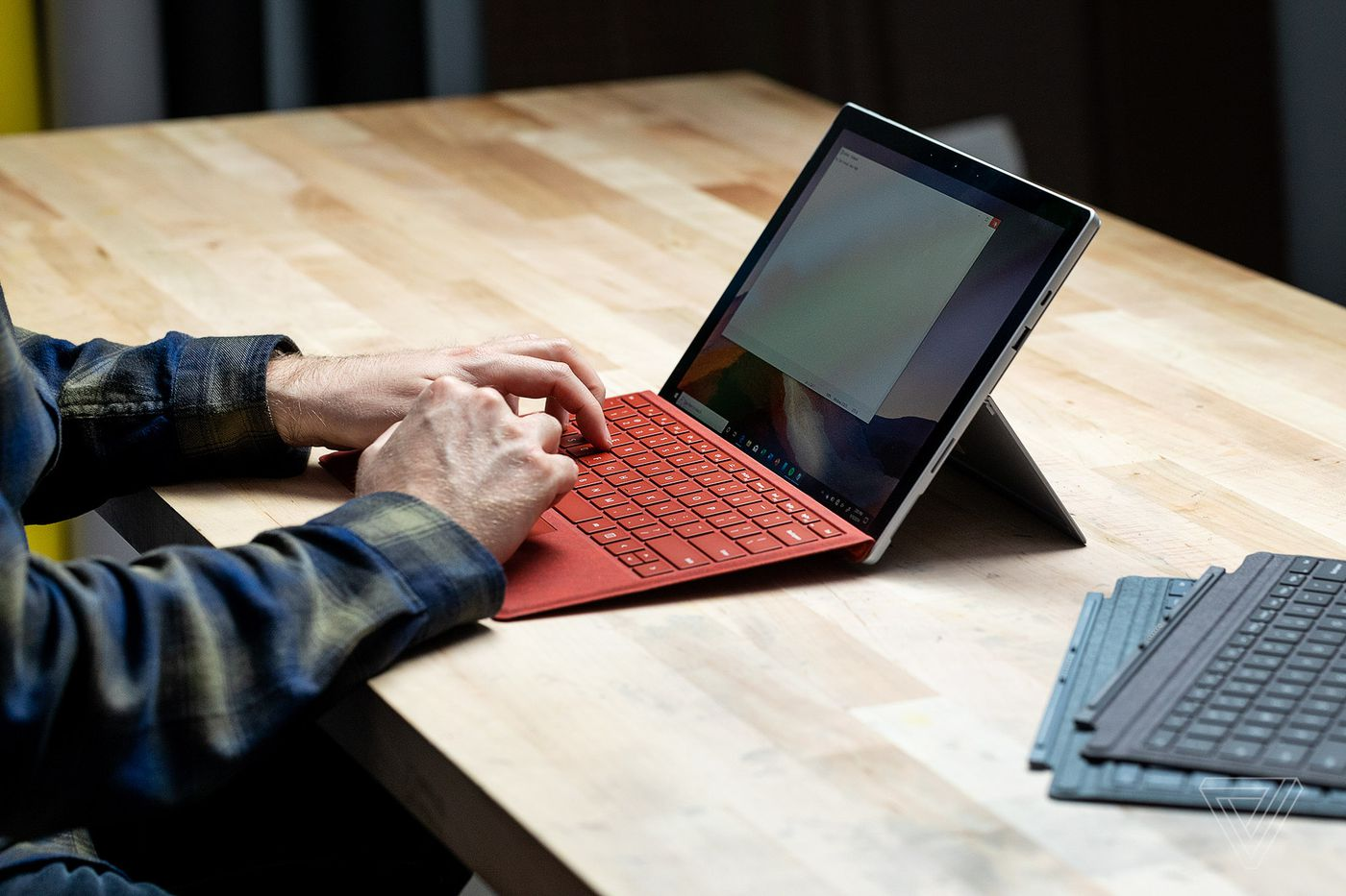 Microsoft Surface Pro 7 Review I Wish This Looked Like A Surface Pro X The Verge