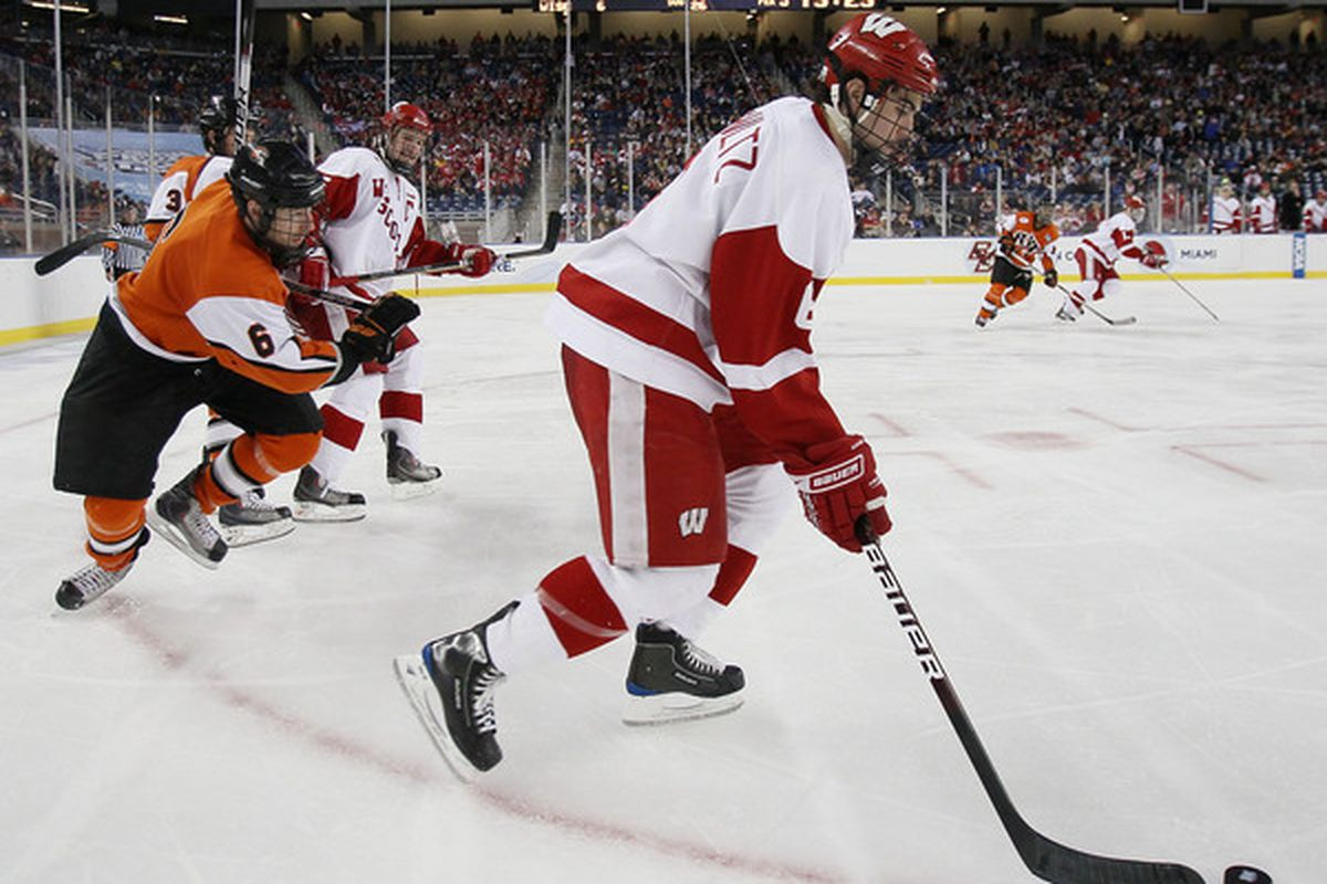 Wisconsin defenseman Justin Schultz is now an unrestricted free agent after failing to come to terms with the Ducks. (Photo by Elsa/Getty Images)