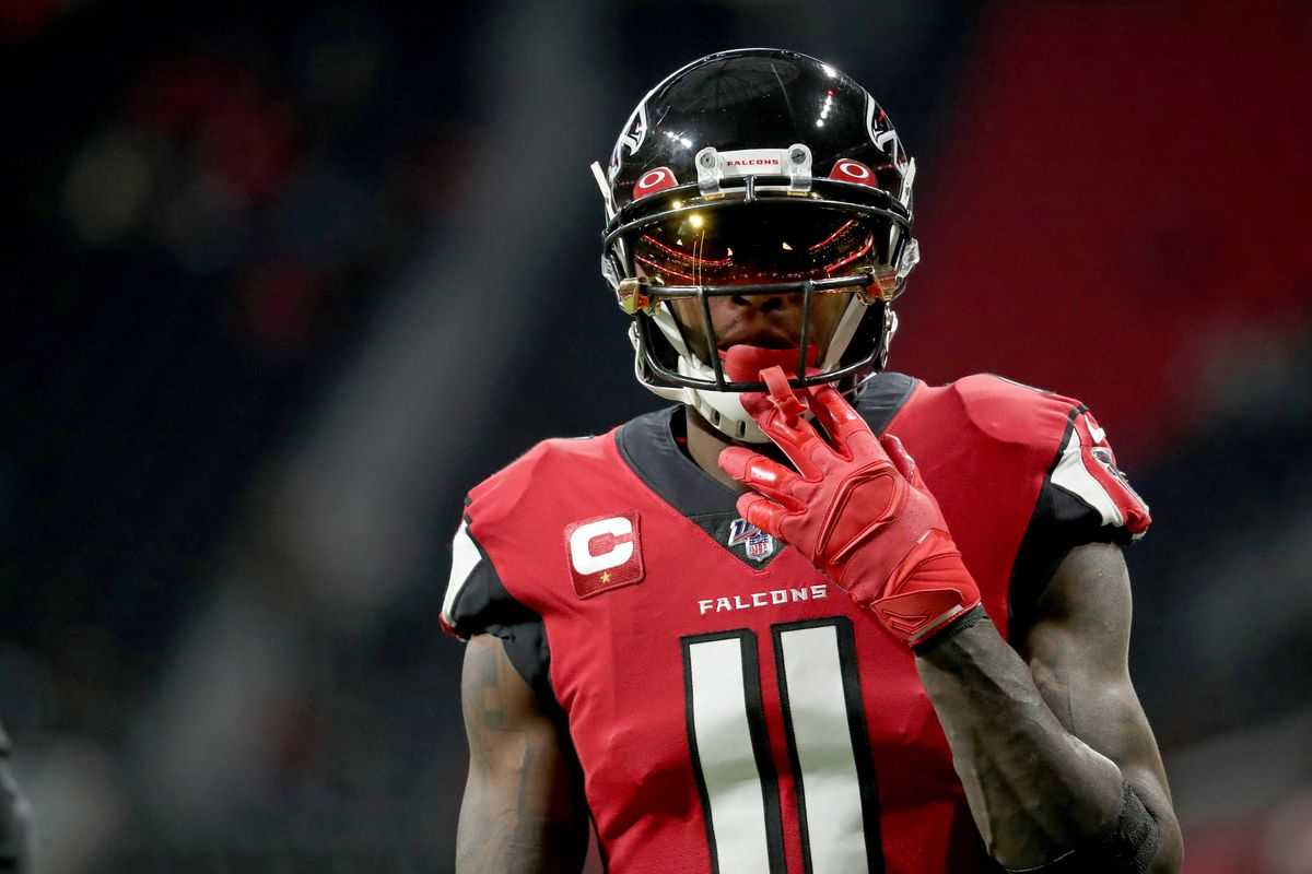 Atlanta Falcons wide receiver Julio Jones warms-up before their game against the Jacksonville Jaguars at Mercedes-Benz Stadium.