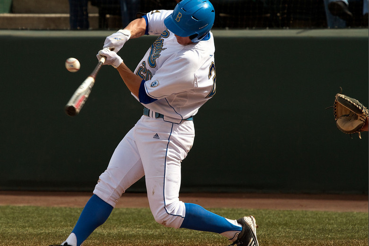 """Jeff Gelalich hit two homers as the Bruin offense exploded on Tuesday (Photo Credit: <a href=""""http://scottwuphotography.com"""" target=""""new"""">Scott Wu</a>)"""