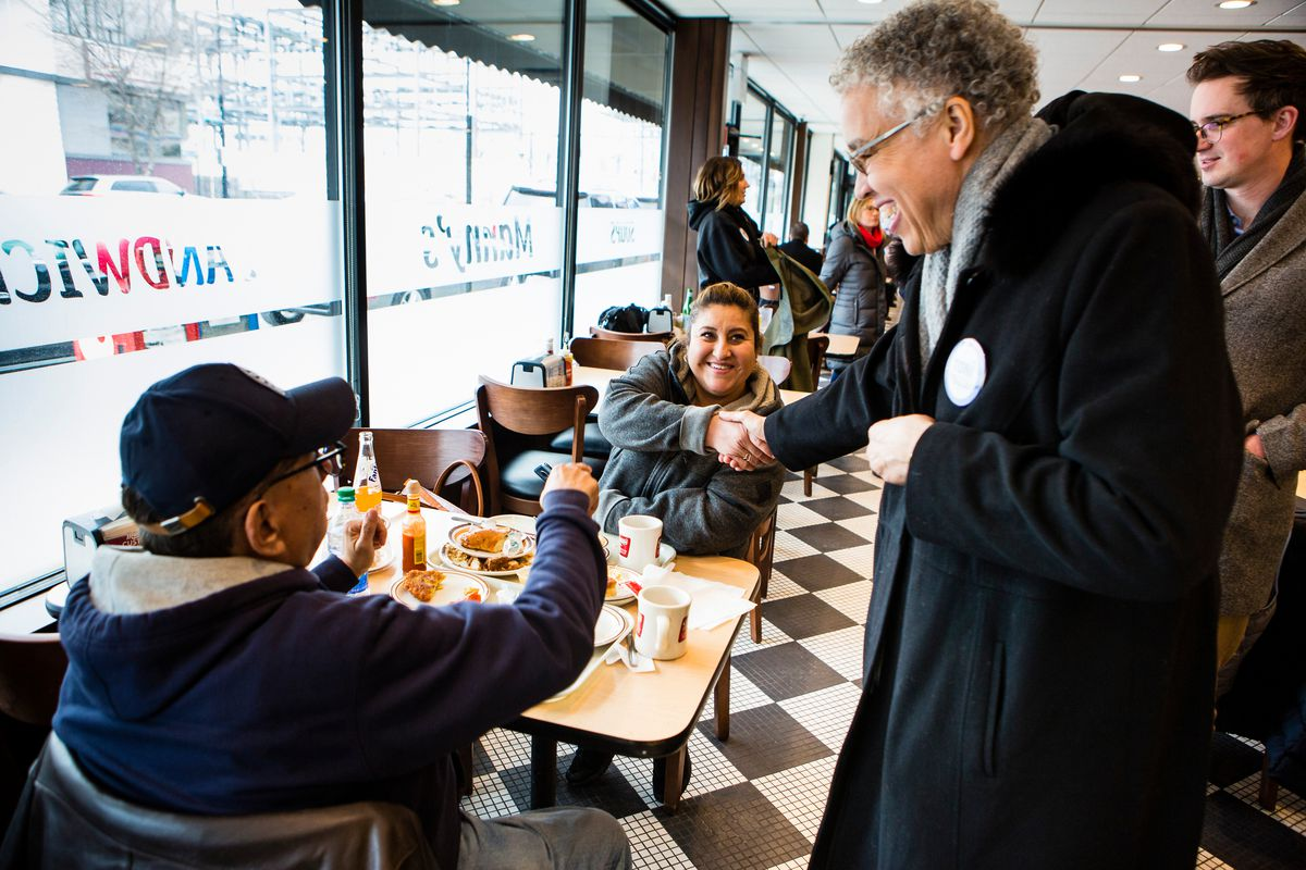 Cook County President Toni Preckwinkle made the traditional election day stop on Tuesday at at Manny's Deli.   James Foster/For the Sun-Times