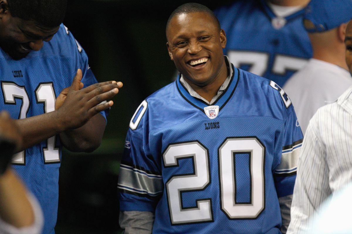 I loved me some Barry Sanders and the Detroit Lions back when the Oilers left town.