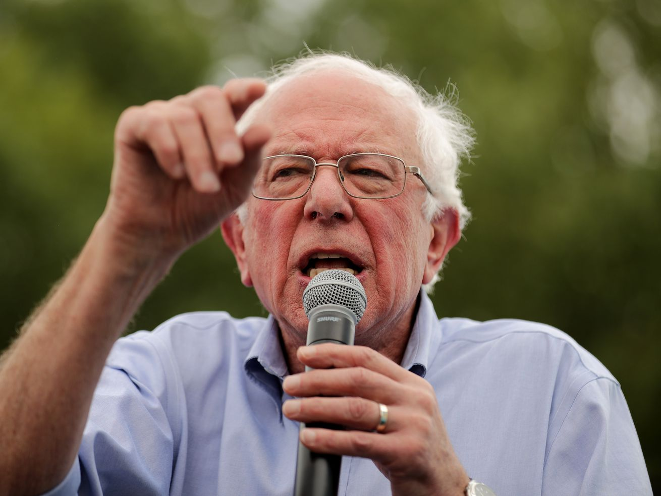 Democratic presidential candidate Bernie Sanders delivers a campaign speech at the Des Moines Register Political Soapbox during the Iowa State Fair on August 11, 2019.