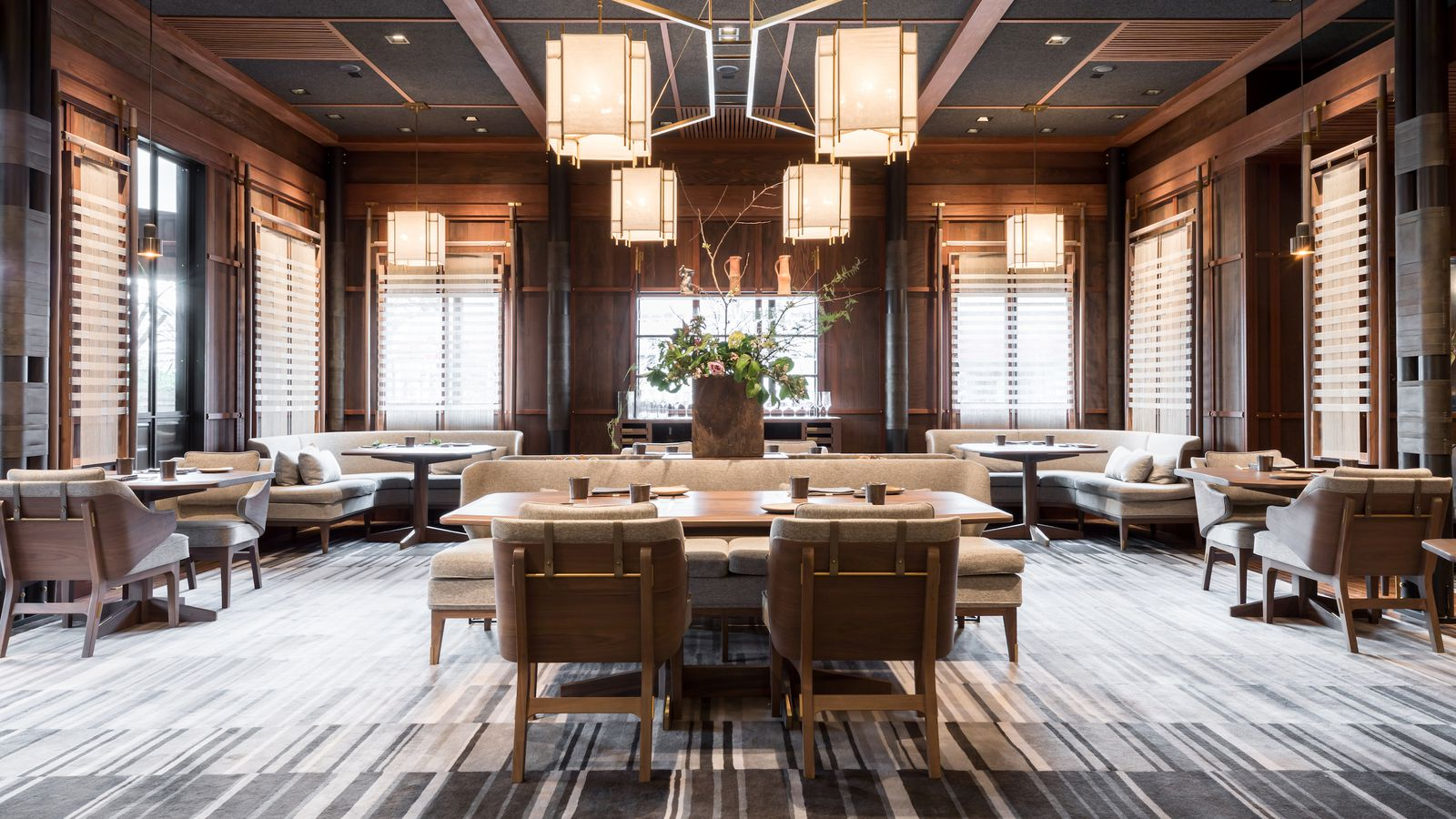 The restaurant that proves the best dining room is a for Best dining rooms
