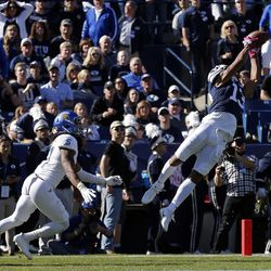 Brigham Young Cougars wide receiver Micah Simon can't pull in a pass against the San Jose State Spartans to end the first half during NCAA football in Provo on Saturday, Oct. 28, 2017.