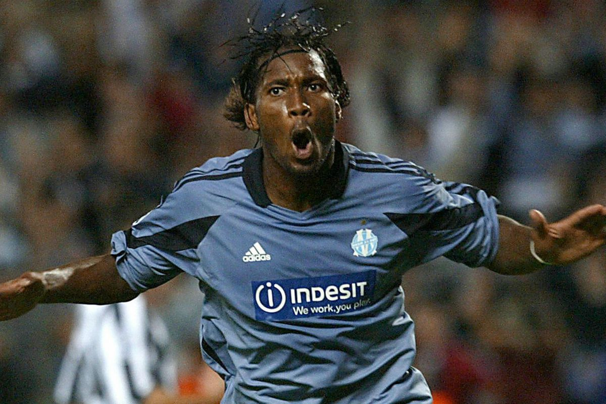 Marseille - Drogba Mount to Royal heading be Didier  could